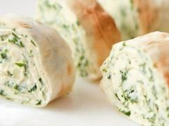 Лаваш с сыром и зеленью