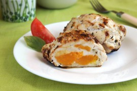 Курица с персиками