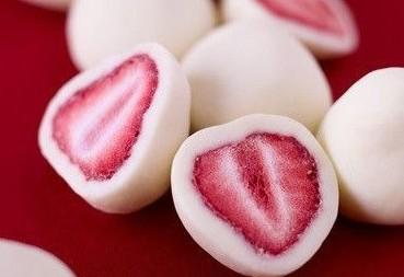 Клубника в йогурте оптом